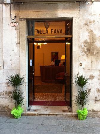 ingresso-hotel-alla-fava - venezia